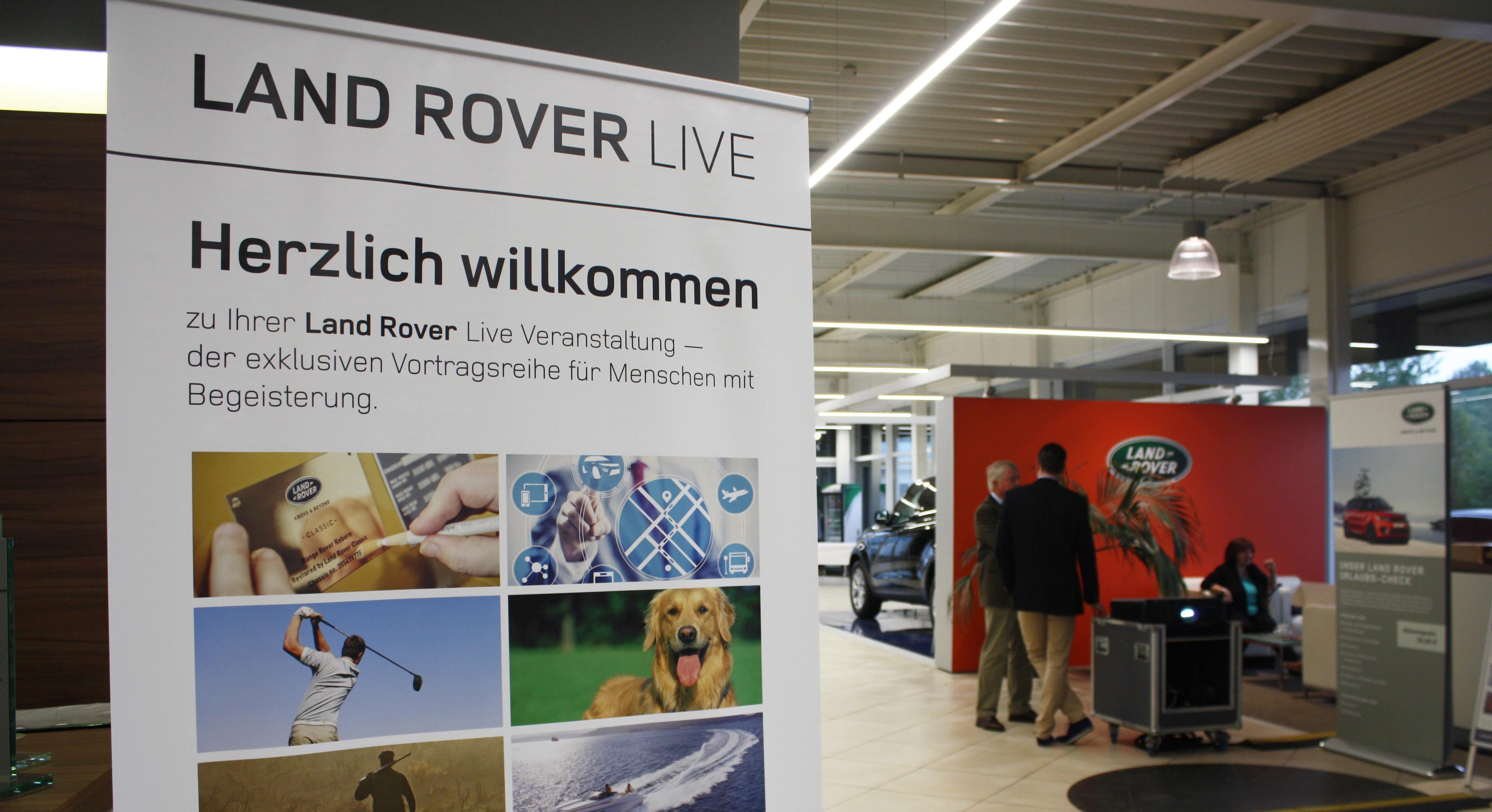 Rund 100 begeisterte Gäste beim Land Rover live-Event