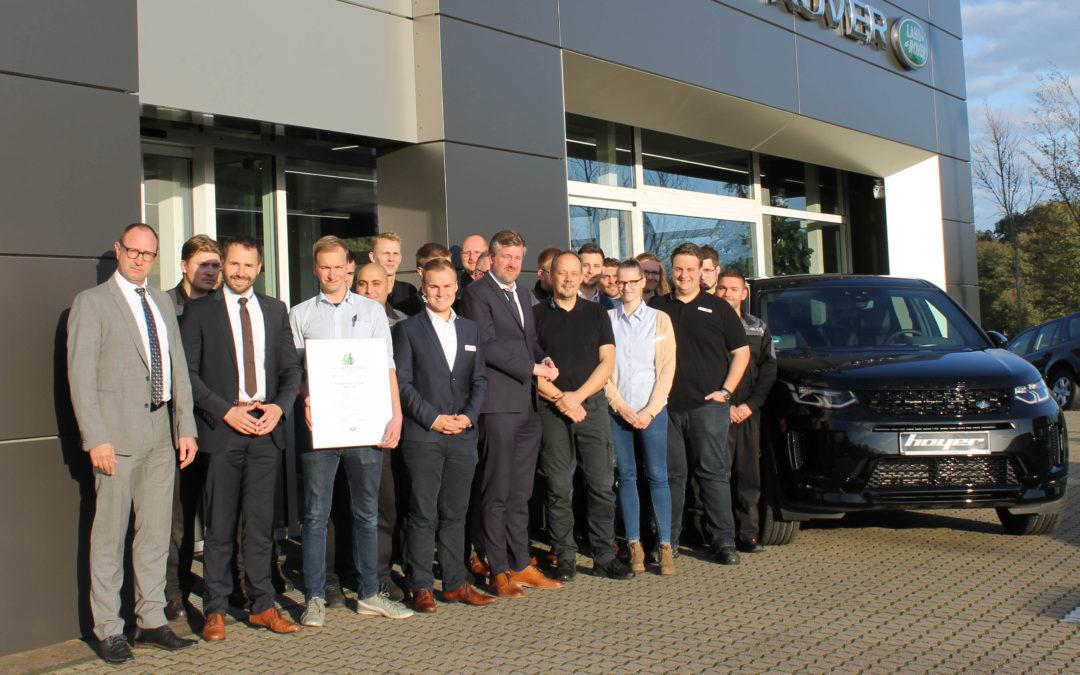 """Walsroder Autopark Hoyer erhält Auszeichnung  """"Customer First Award"""" 2018/2019"""